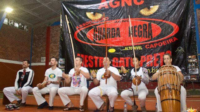 V Maré Cheia – Batizado e Troca de Cordas de Capoeira – Confira as fotos!